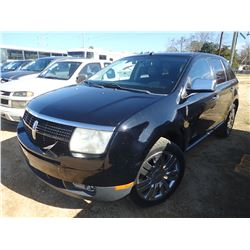 2008 LINCOLN MKX VIN/SN:2LMDU68CX8BJ31633 - GAS ENGINE, A/T, ODOMETER READING 129,138 MILES