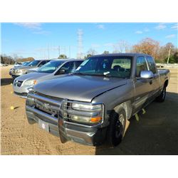 2001 CHEVROLET 1500 PICKUP, VIN/SN:2GCEC19V711218069 - EXTENDED CAB, GAS ENGINE, A/T, ODOMETER READI