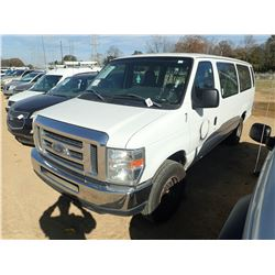 2013 FORD E350 PASSENGER VAN, VIN/SN:1FBSS3BL6DDB28421 - GAS ENGINE, A/T, ODOMETER READING 362,975 M