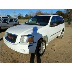 2004 GMC ENVOY, VIN/SN:1GKDS135142237772 - GAS ENGINE, A/T, ODOMETER READING 138,946 MILES