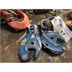 PAIR OF PLATE CLAMPS
