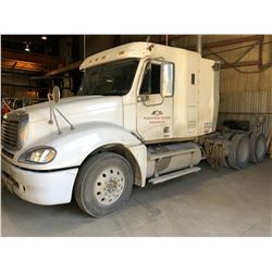 2007 FREIGHTLINER MODEL COLUMBIA TANDEM AXEL TRUCK TRACTOR WITH SLEEPER VIN # 1FUJA6CV27LY47809