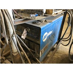 MILLER DELTAWELD 452 CV.DV WELDING POWER SOURCE WITH MILLER 70 WIRE FEEDER