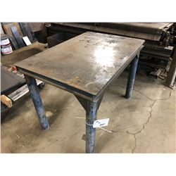 APPROX. 2' X 4' HEAVY DUTY STEEL WORK BENCH
