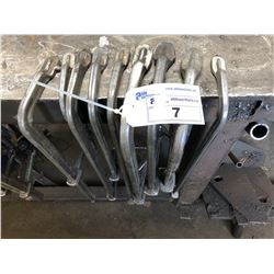 LOT OF ASSORTED LARGE C-CLAMPS