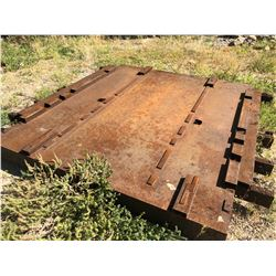 APPROX. 6' X 6' HEAVY DUTY METAL PLATFORM