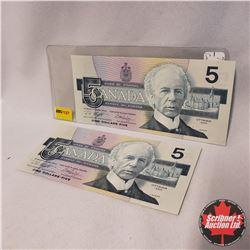 Canada $5 Bills 1986 - 2 Sequential : HNA8076072/73
