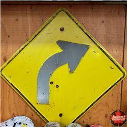 "Metal Sign : Curve (Arrow) (24"" Square)"