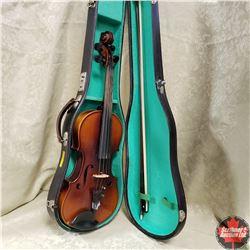 Violin w/Case (Antonius Stradivarius Cremonensis Faciebat Anno) Reproduction