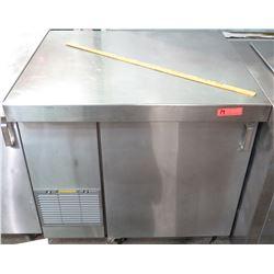 Glastender Model LPT36-L1-SS Pass Through Bar Refrigerator