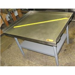 Metal Kitchen Equipment Stand