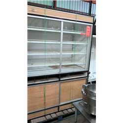 """Federal 5' x 30"""" x 82"""" Dry Bakery Case w/ Glass Sliding Doors, Non-Refrigerated"""