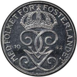 SWEDEN: Gustaf V, 1907-1950, iron 5 ore, 1942. PCGS MS65