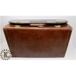 VINTAGE NATIONAL LUGGAGE