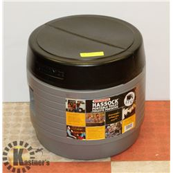 NEW RELIANCE HASSOCK PORTABLE TOILET - GREAT