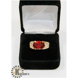 MENS RUBY RING SIZE 10.