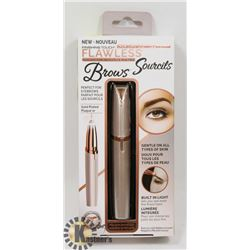 FINISHING TOUCH FLAWLESS BROW TRIMMER