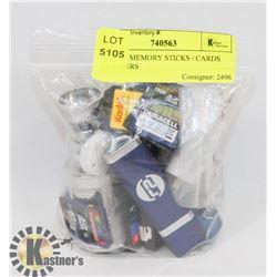 BAG OF MEMORY STICKS / CARDS ADAPTERS