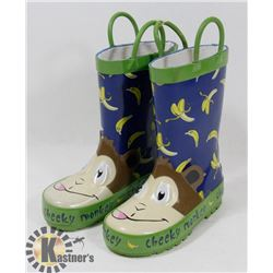 CHILD RUBBER BOOTS SIZE 6