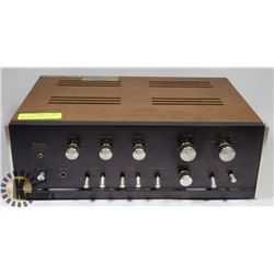 SANSUI SOLID STATE STEREO AMPLIFIER AU-555A.