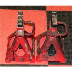 PAIR OF 3 TON RED JACK STANDS