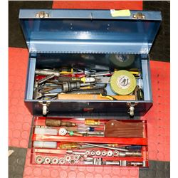 TOOLBOX WITH CONTENTS.