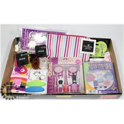GIRLS MAKEUP AND ACCESSORIES