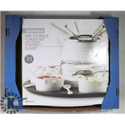 TOKES 23PC FONDUE SET WITH LAZY SUSAN.