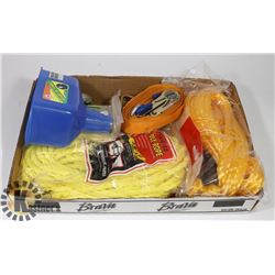FLAT OF ASST INCL POLY ROPE, RATCHET STRAP AND