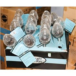 BOX OF 11 CRACKLE GLASS SOLAR LIGHTS