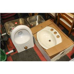 LOT WITH 2 ASSORTED SINKS AND 1 TOILET BOWL