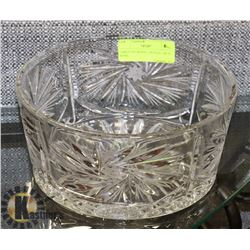 LARGE PIN WHEEL CRYSTAL FRUIT BOWL