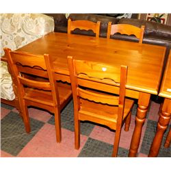 PINE TABLE WITH 4 MATCHING CHAIRS. FURNITURE
