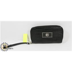 MICHAEL KORS REPLICA BLACK AND GOLD WALLET
