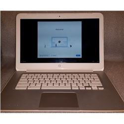 WHITE HP GOOGLE CHROMEBOOK 14 W/ AC ADAPTER