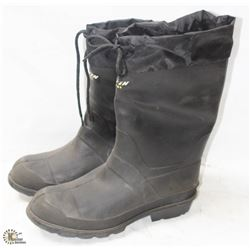 PAIR OF NEW BAFFIN STEEL TOE RUBBER BOOTS