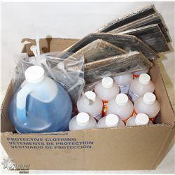 BOX WITH GLASS & PLASTIC CLEANER, ALL PURPOSE