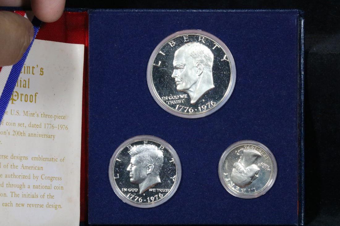 1776-1976 BICENTENNIAL SILVER PROOF SET COINS IN ORIGINAL HOLDER