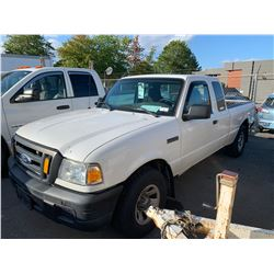 2007 FORD RANGER, 2DRPU, WHITE, GAS, AUTOMATIC, VIN#1FTZR44U07PA40159, 98,561KMS, RD,CD,AC, TIRE