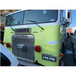 1993 FREIGHTLINER, YELLOW, FIRE TRUCK PUMPER, DIESEL, AUTOMATIC, VIN#1FV64RYB9PP488167, 162,738KMS,
