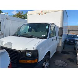 2004 GMC 3500, 2DR CUBE VAN, WHITE, GAS, AUTOMATIC, VIN#1GDJG31U841228231, 127,739KMS, RD,AC, HAS