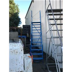 BLUE METAL 12' MOBILE SHOP STAIRS