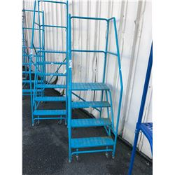 BLUE 4' MOBILE SHOP STAIRS
