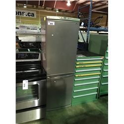 LG 2 DOOR MULTI AIR FLOW REFRIGERATOR