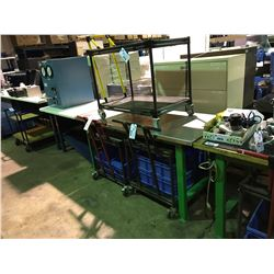 GREEN METAL HEAVY DUTY WORK BENCH