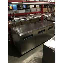 PATRIOT FOOD SERVICE REFRIGERATED ROLLING PREP TABLE