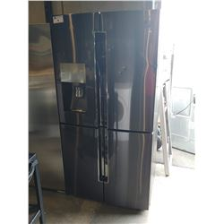 SAMSUNG FRENCH DOOR FRIDGE / FREEZER WITH WATER AND ICE