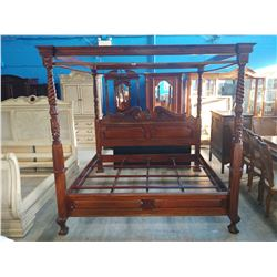 KING SIZE SOLID MAHOGANY CHIPPENDALE BALL & CLAW FOOT 4 POSTER CANOPY BED
