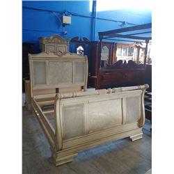 QUEEN SIZE CREAM WOOD BED (HEADBOARD, FOOTBOARD & RAILS) WITH PAIR OF NIGHTSTANDS