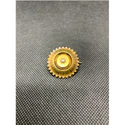 15K BROACH WITH HALF PEARL RV 495.00